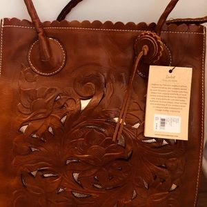 NWTPatricia Nash tote bag. Florence brown colours.
